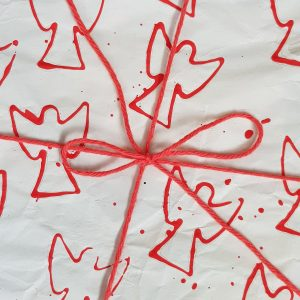 10 Angel Wrapping Paper